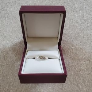 Diamond Ring from Helzberg Diamonds